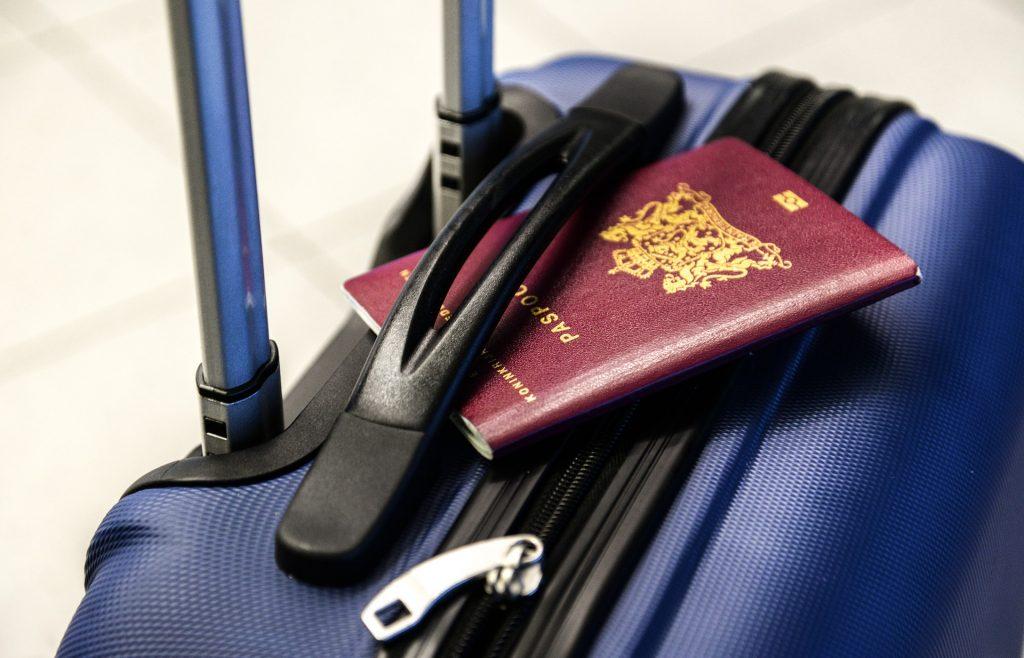 passport-2733068_1920-1024x658